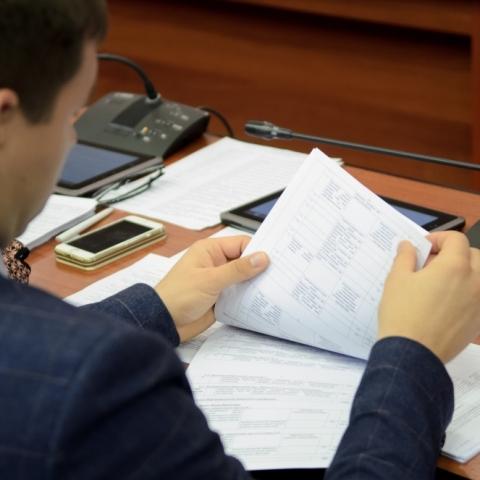 Депутаты обсуждают расходные статьи бюджета Обнинска на следующий год.