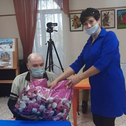 Продуктовые наборы подарили коломенцам в День благотворительности
