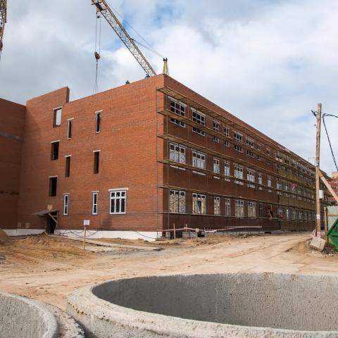 Физико-техническая школа начала обживать новое здание в Заовражье