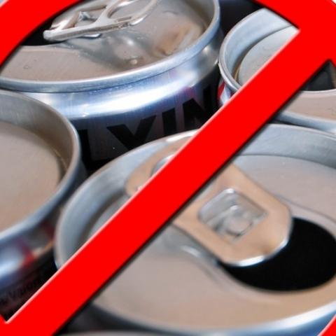 Продажу тонизирующих напитков для несовершеннолетних в регионе предложил ограничить
