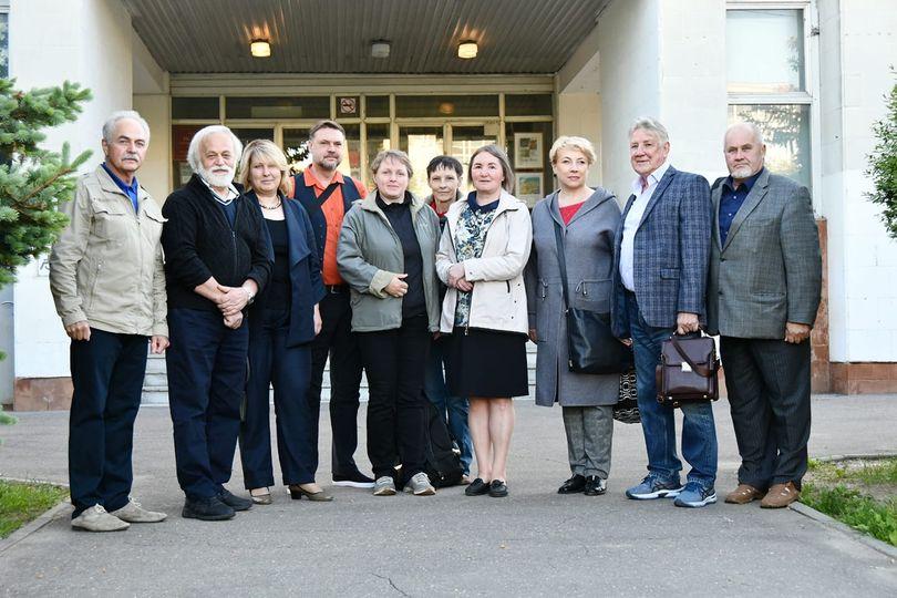 У известного обнинского художника-графика Александра Шубина открылась выставка «Пространство времени» в музейном центре «Палаты» Владимиро-Суздальского музея-заповедника